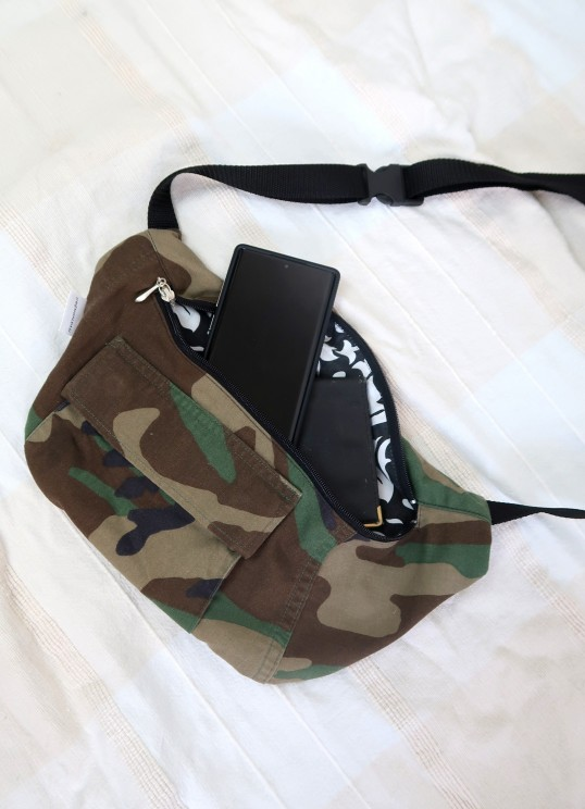 military belt beg with pockets